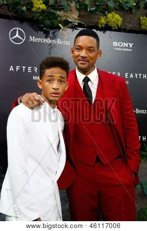 "NEW YORK - MAY 29: Actor Will Smith (R) and son Jaden attend the premiere of ""After Earth"" at the Ziegfeld Theatre on May 29, 2013 in New York City."