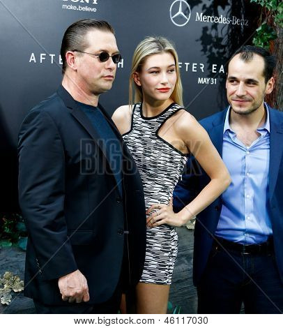 NEW YORK - MAY 29: Actor Stephen Baldwin (L), Hailey Baldwin and Jonathan Baldwin (R) attend the premiere of