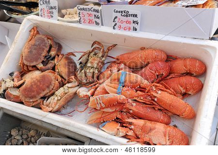 Cooked crab and lobster