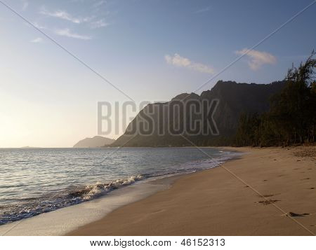 Waimanalo Beach In The Early Morning