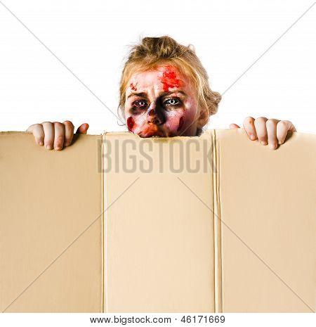 Ghoul Peeking