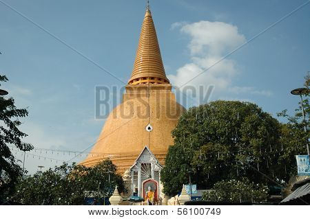 Wat Phra Pathom Chedi Temple, Thailand