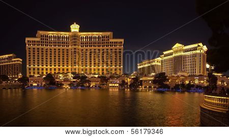 Las Vegas, Nv -  June 12, 2013:  A Large Fountain Pool In Front Of Bellagio And Caesar Hotels On Jun