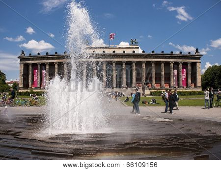 The Old Museum In Berlin With Fontain