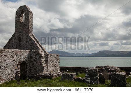 Ballinskelligs Priory and graveyard, Kerry, Ireland