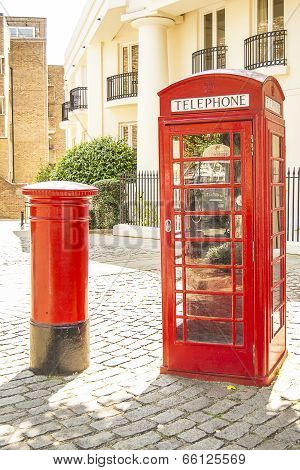 London Phone And Post Box