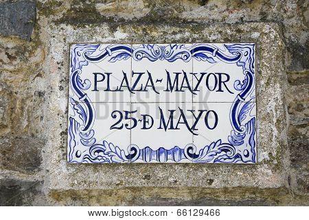 Street sign in Colonia del Sacramento