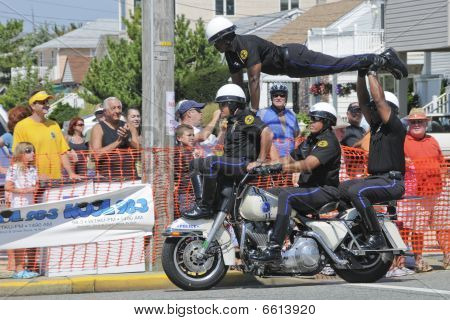 Margate  Hero Thrill Show Four Man Stunt
