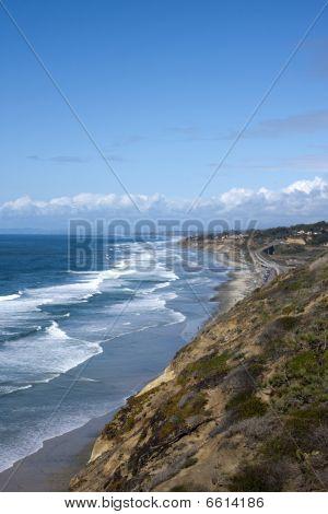 San Diego Coastline With Pacific Ocean Waves