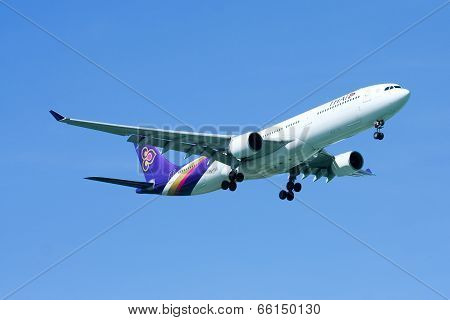 HS-TEG Airbus A330-300 of Thaiairway