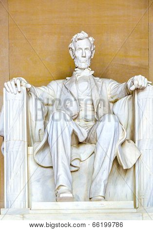 WASHINGTON, USA - FEB 2, 2014: Statue of Abraham Lincoln at the Lincoln Memorial Washington DC