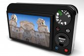 picture of megapixel  - digital camera photographing the Cathedral of Cadiz - JPG