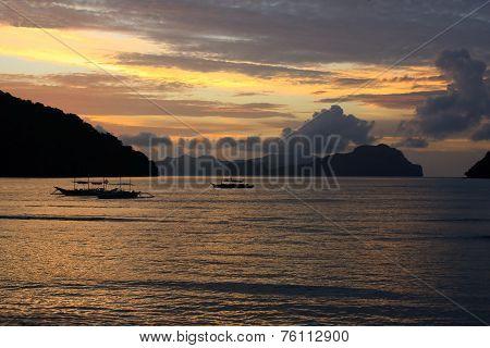 Sunset on a tropical island. El Nido.