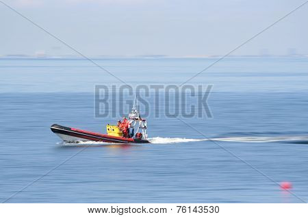 Lifeboat at full speed