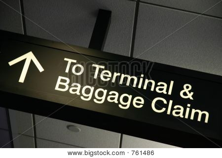 Sign To Terminal & Baggage Claim