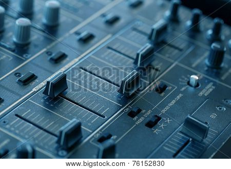 Dj Sound Mixer  With Knobs And Sliders
