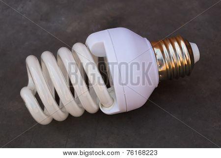 Energy saving fluorescent light bulb