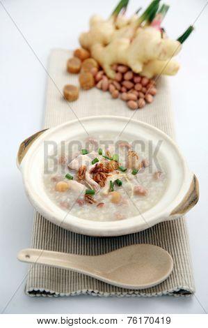 Porridge, Porridge (congee) Served In Claypot