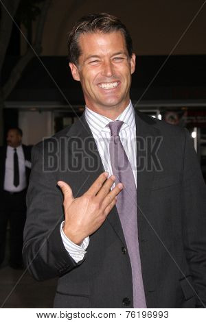 LOS ANGELES - NOV 3:  Zen Gesner at the Dumb and Dumber To Premiere at the Village Theater on November 3, 2014 in Los Angeles, CA