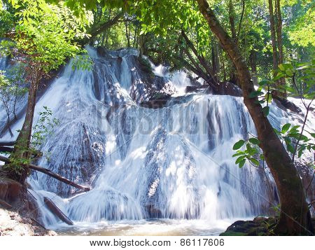 Pha Tat Waterfall