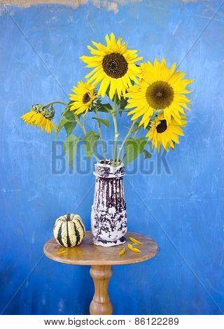 Beautiful Summer Sunflowers In Old Ceramic Vase