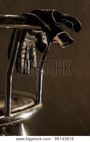 Bar Chair With Gloves