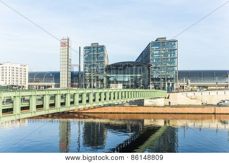 The Main Railway Station Of Berlin With River Spree