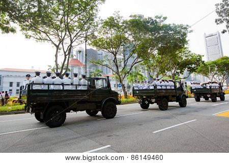 SINGAPORE - MARCH 24:Ceremonial guards arriving with the funeral cortege of the late Mr Lee Kuan Yew,ex prime minister of Singapor,lying in state at the parliament house. Mar 24, 2015, Singapore