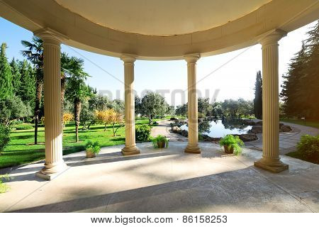 Arbour with columns