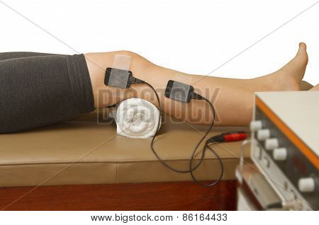Therapist Treatment Patient  With Eletrical Stimulator For Increase Muscle Strenght And Release Pain