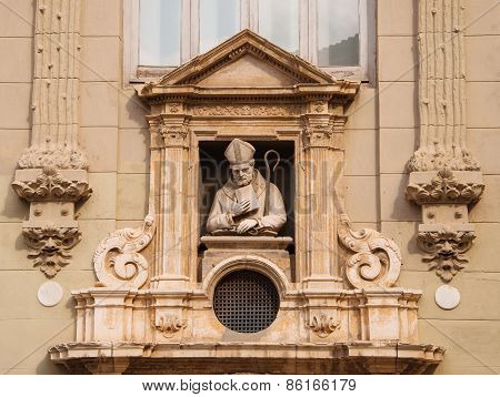 Sculpture of the Catholic priest