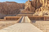 picture of hatshepsut  - LUXOR EGYPT  - JPG