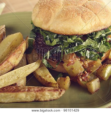 Burger With Beef ,Green Tomato And Roasted Potatoes