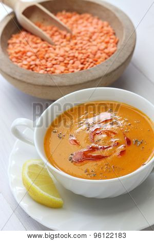 mercimek corbasi, red lentil soup, turkish cuisine