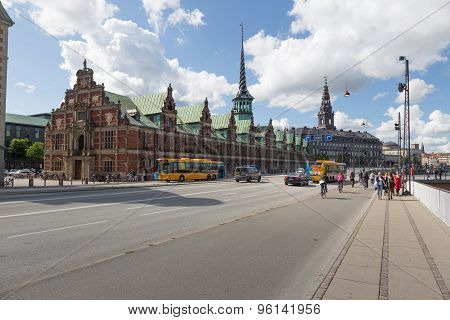 Road To Christiansborg