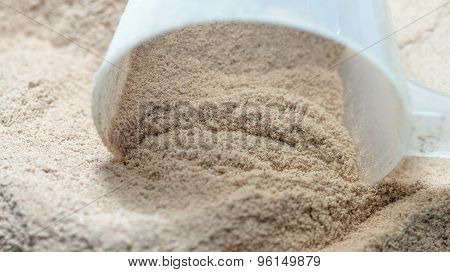 Isolate Protein Powder Flavour With Scoop Macro
