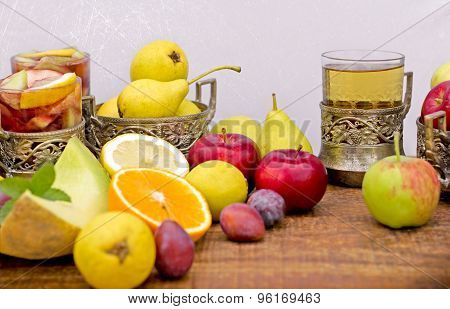 Refreshing drinks, (beverages) cider and sangria