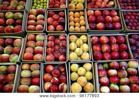 Apples in crates at Thailand market