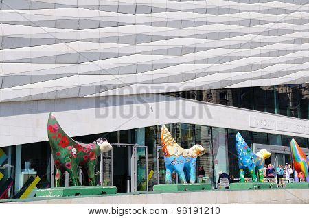 Museum of Liverpool and Superlambananas.