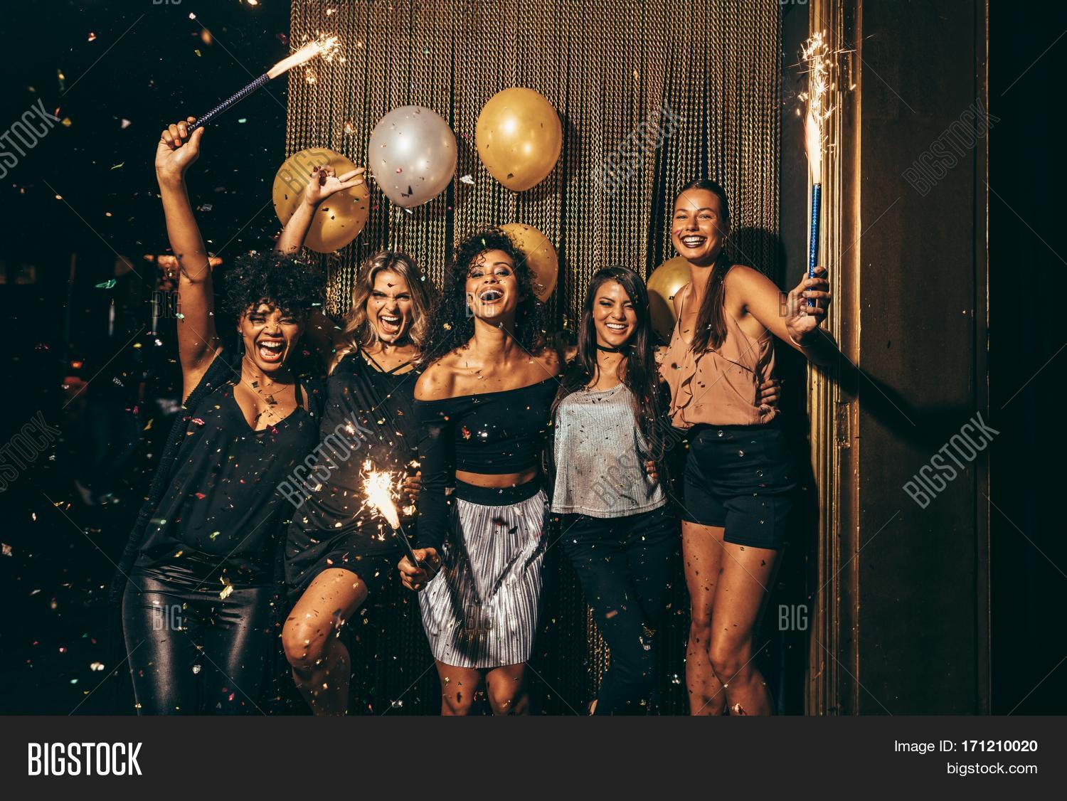 Imagem e foto shot best friends celebrating new bigstock for Terrace new year party