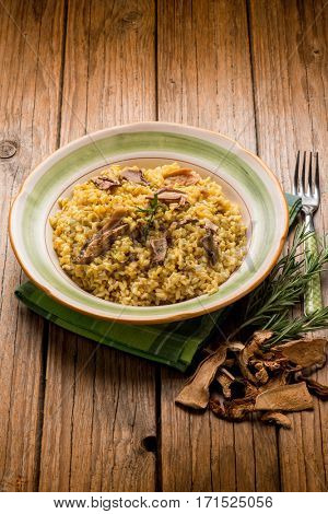 Saffron Risotto With Mushrooms Recipe — Dishmaps