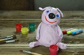 Making Clay Toy. Painting Pig With Gouache. Creative Leisure For Children. Supporting Creativity, Le poster