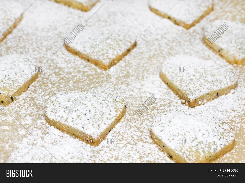 http://www.bigstockphoto.es/image-37144999/stock-photo-callej%C3 ...