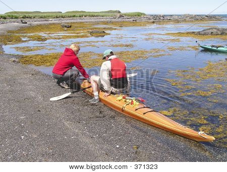 Kayak Woman  Helper