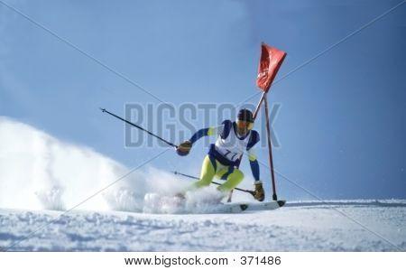 Downhill Skie 5