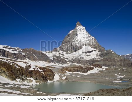 Matterhorn Under The Bright Light Of Sunny Day
