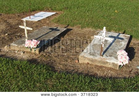 Children Graves