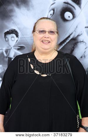 LOS ANGELES - SEP 24:  Conchata Ferrell arrives at the