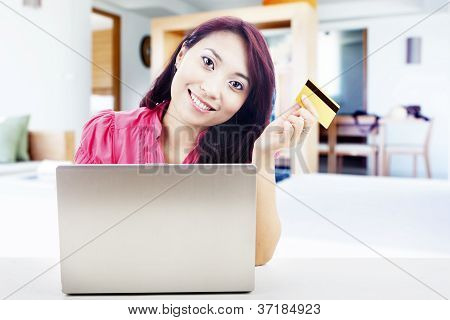 Friendly Woman Online Shopping