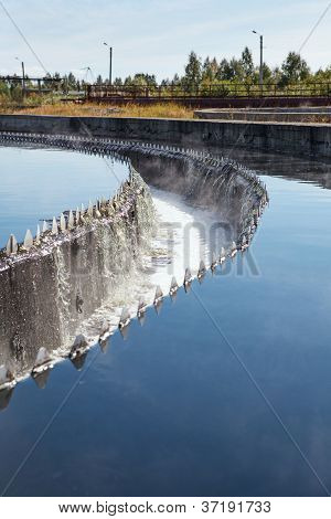 Water Purification In Sedimentation Reservoirs